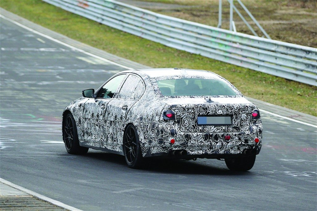 2017-bmw-m5-prototype-is-being-tested-on-the-nurburgring_13